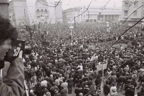 30 DE ANI DE LA REVOLUŢIE: Zi de doliu la Timişoara, în memoria primilor tineri care au murit