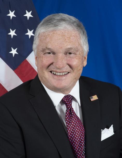 """Noul ambasador al SUA în România, Adrian Zuckerman, a înmânat scrisorile de acreditare preşedintelui Iohannis: """"Românii nu au prieteni mai buni decât americanii"""""""