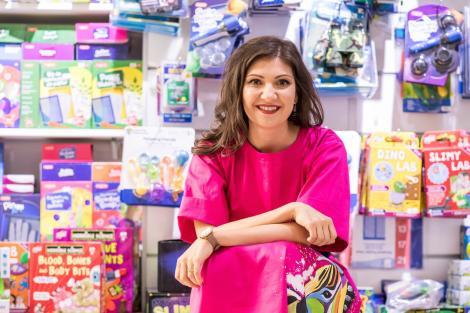 Retailer: Românii cheltuiesc în medie 200 de lei pentru jucăriile de Crăciun. 25% dintre cadouri sunt comandate de Black Friday