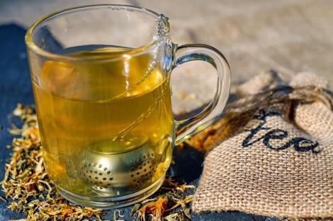 Importanța și eficiența ceaiurilor în răceală și gripă