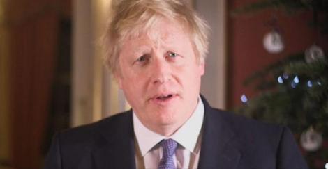 """Johnson îi îndeamnă în mesajul său de Crăciun pe britanici """"să nu se certe prea mult"""""""