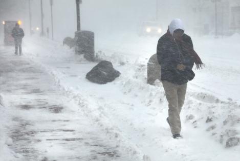 Avertizare de vreme severă! 17 județe din țară, sub Cod Galben de ninsori puternice și viscol. Ce zone sunt vizate?