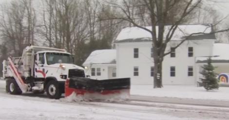Haos în Statele Unite ale Americii, din cauza furtunilor puternice de zăpadă! Școli închise și mii de zboruri anulate! Video