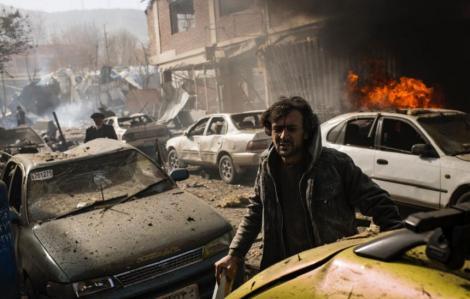 """Talibanii anunţă că nu au niciun plan în vederea unui armistiţiu; """"Presa a difuzat informaţii false despre un armistiţiu"""""""