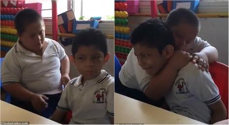 """Privește și învață! Doi copii cu nevoi speciale ne reamintesc ce înseamnă să fii OM: """"Îi șterge lacrimile de pe obraji. Nu am văzut nimic mai frumos"""""""