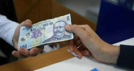 Veste uriașă pentru românii cu credite în lei! Anunțul surpriză de la BNR a venit cu puțin timp în urmă