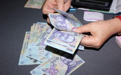 Lovitură cumplită pentru românii cu credite! Ce se întâmplă cu dobânzile în perioada următoare