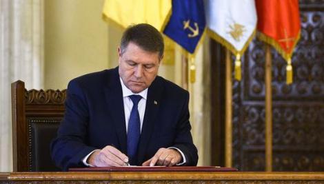 Legea așteptată de toți românii e gata. Adio bani cheltuiți pentru gaze și curent electric