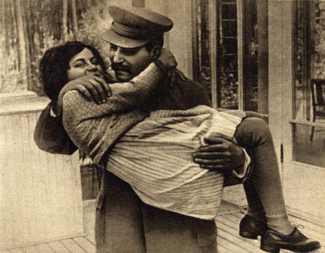 """Vlăduț, românul care n-a vrut să-i fie ginere lui Stalin!!! """"Bei o votcă la halbă?"""" """"Beau, tovarășe, beau!"""""""