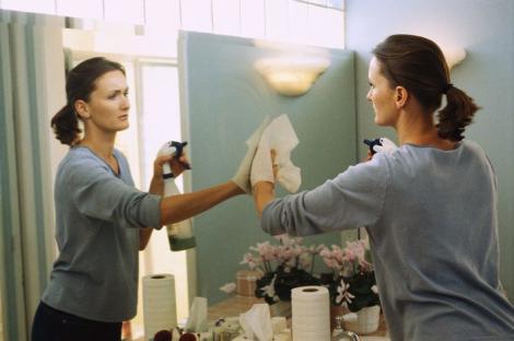 Femeia și casa ei. Ce spune lipsa de dorință a femeii de a face curat în casă?