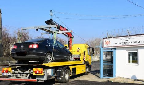 Atenție, șoferi! Se ridică mașinile parcate neregulamentar. Cât costă în 2019 să o recuperezi