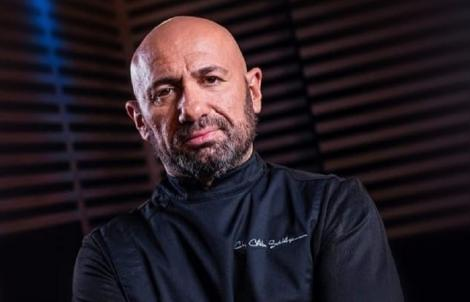 """Chef Cătălin Scărlătescu a făcut marele anunț despre noul sezon """"Chefi la cuțite""""! Cine câștigă?"""