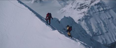 """Everestul este un cimitir cu sute de morminte. Topirea ghețarilor arată adevărul de sub zăpadă: """"Mâini şi picioare au apărut în ultimii ani"""""""