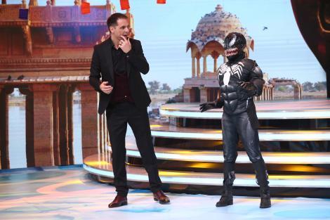"""A LEVITAT, sfidând gravitația! Personajul Venom i-a lăsat mască pe toți la """"Scena misterelor"""""""