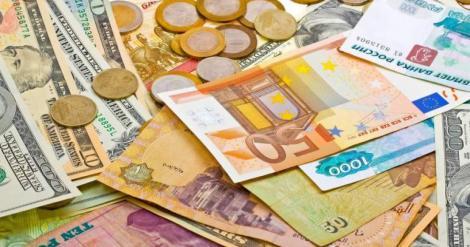 BNR Curs valutar 22 martie. Leul scade pe piaţa interbancară. Cât costă principalele valute