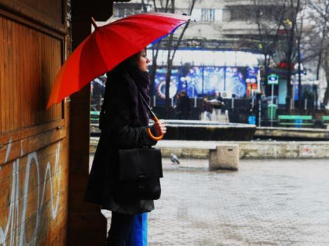 Vremea în București 26 martie. Ploi și vreme rece în Capitală