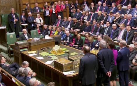 Camera Comunelor a aprobat cu 441 de voturi la 105 calendarul Brexitului stabilit de UE