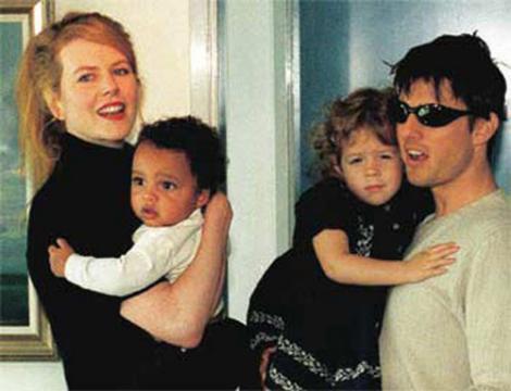 Fiica celebrilor Tom Cruise și Nicole Kidman trăiește ca o anonimă în Marea Britanie. A renuntat la tot pentru religie si soț!