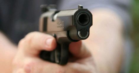 Urmărire ca-n filme! Polițiștii au tras 12 focuri de armă ca să oprească un șofer din Alexandria!