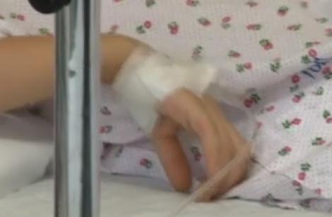 Fetița de 12 ani care cântărea doar șase kilograme a murit! Ea se afla sub tratament