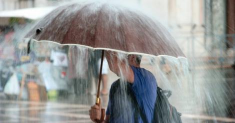 Vremea în weekend 12 - 14 aprilie. Prognoza meteo: ploi și temperaturi sub valorile normale