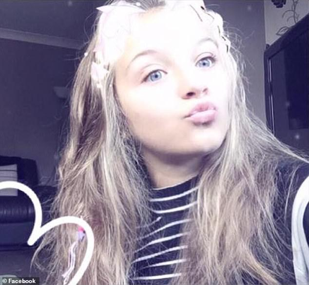 Facebook 13 fete pe de ani Abuzurile trăite