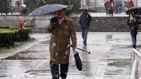 Vremea de Florii. Prognoza meteo anunță temperaturi scăzute, lapoviță și ninsori