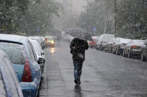 Vremea 19 aprilie 2019. Unde se anunţă ploi, lapoviţă şi ninsori