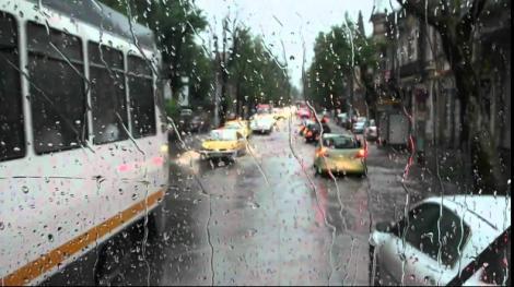 Vremea în București 20 aprilie 2019. Continuă să plouă în Capitală
