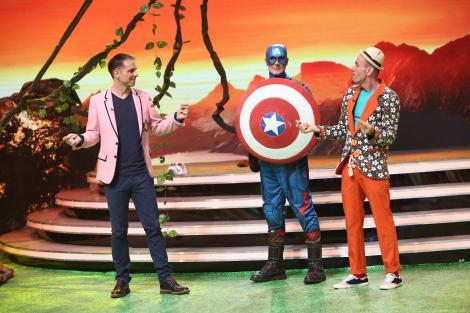 """Captain America și Varză au făcut show cu baloane, la Scena misterelor! """"M-am ras după 13 ani"""""""