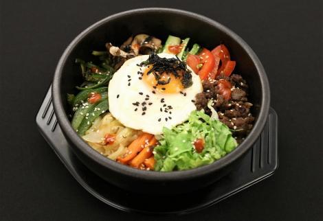 Cum preparăm rețeta Bibimpap, un preparat korean gustos și sănătos