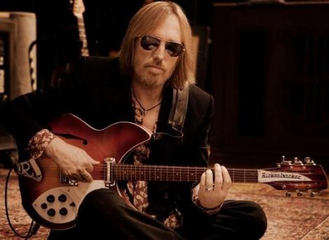 Văduva şi una dintre fiicele lui Tom Petty se judecă pentru controlul asupra averii muzicianului