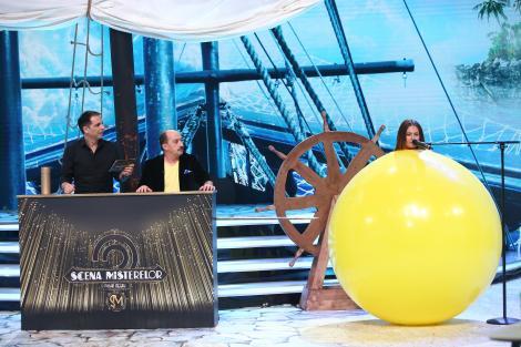 """Pentru indicii, Raluka și Cosmin Seleși se joacă cu baloane și sulițe! """"E ceva nasol aici"""""""