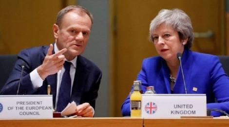 """Donald Tusk propune Londrei o amânare """"flexibilă"""", de 12 luni, a datei Brexitului"""