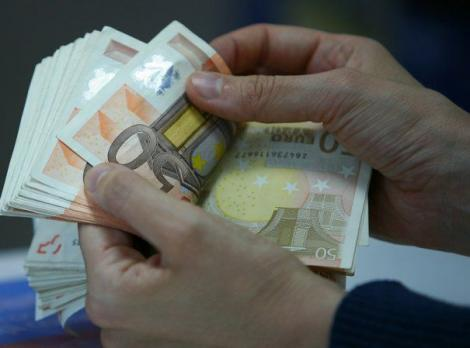 Salariu de mii de euro lunar pentru cei care fac asta! Care este cea mai căutată meserie din România