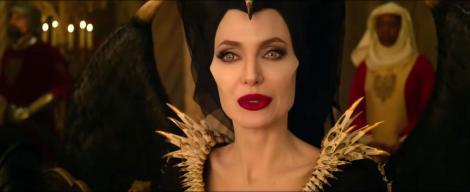"""Angelina Jolie și-a reintrat în rolul de vrăjitoare! Când este programată premiera """"Maleficent: Stăpâna Răului"""""""