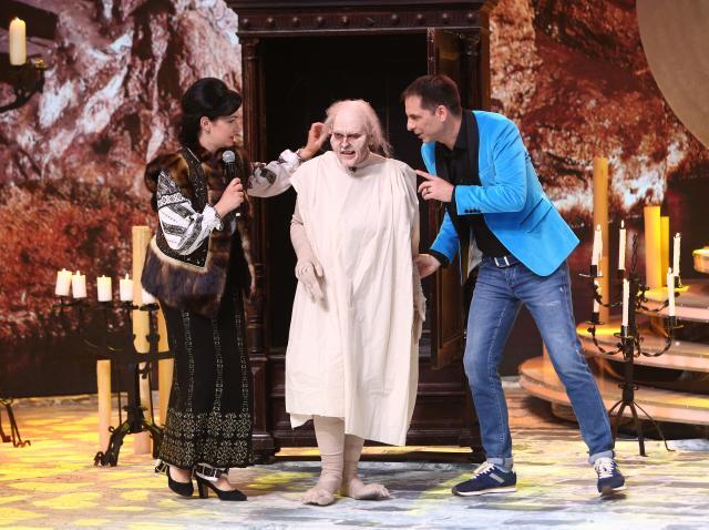 """Gollum a uitat de inel și a venit să recupereze un """"Grigorescu"""": """"După voce, e Radu Beligan!"""""""