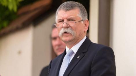 Scandal în Ungaria, după ce preşedintele Parlamentului Laszlo Köver îi asimilează pe homosexuali pedofililor