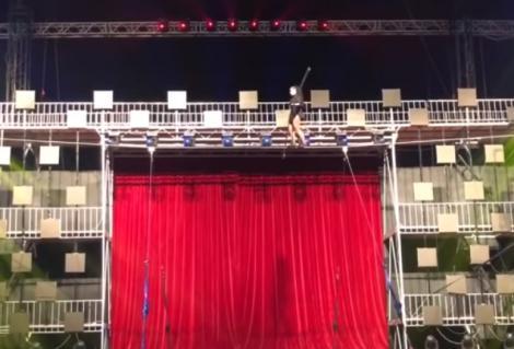 Deces pe scenă! O acrobată a murit în timpul unei repetiții, după ce a căzut de la o înălțime de 6 metri. Video