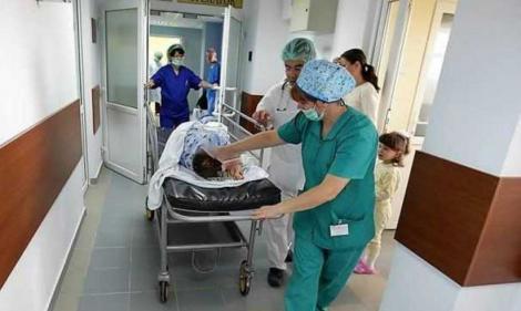 Șapte frați au ajuns la spital, după ce au dat o spargere într-un magazin din Iași. Ce furaseră copiii
