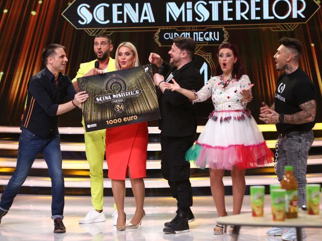 Echipa Starurilor a câștigat a zecea ediție a emisiunii Scena Misterelor! Banii au fost donați unei fetițe cu probleme medicale