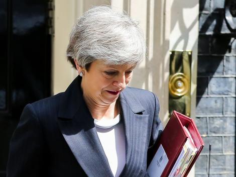 """Theresa May și-a dat demisia! Premierul britanic, în lacrimi în urma scandalului pe tema Brexit: """"Am făcut tot ce am putut!"""""""