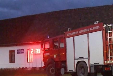 Pompierii au intervenit  la o secție de votare din Mureș! Ce surpriză au trăit oamenii (VIDEO)