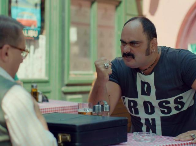La proba pentru rolul Ariciu', din Liber ca pasărea cerului,  actorul Adrian Anghel  i-a rupt regizorului un scaun de epocă