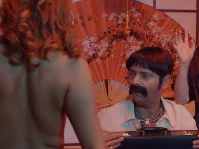 Orlando (Ștefan Bănică) și Ducu (Marius Florea Vizante) caută calea spre iluminarea interioară, în serialul de comedie Liber ca pasărea cerului