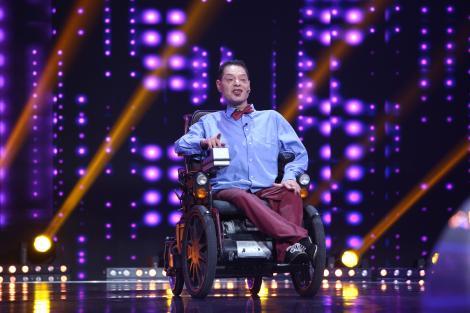E în scaun cu rotile, dar are umor cu carul! Vasi Borcan vrea să ajungă la Cotroceni după ce câștigă finala iUmor