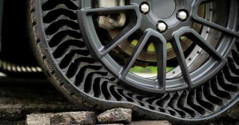 Au apărut anvelopele care nu vor mai face niciodată pană. Cum arată pneurile fără aer