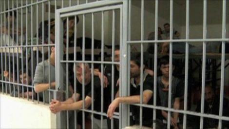 Luare de ostatici într-un penitenciar! Doi gardieni au fost capturați. Autoritățile franceze poartă negocieri pentru eliberarea victimelor