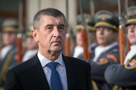 Opoziţia din Cehia va depune o moţiune de cenzură împotriva premierului Andrej Babis, acuzat de corupție