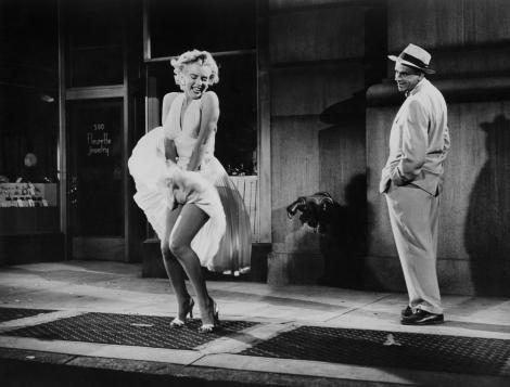 """Au furat-o pe Marilyn Monroe! Martorii descriu scene demne de filme: """"A venit noaptea, cu un fierăstrău"""""""